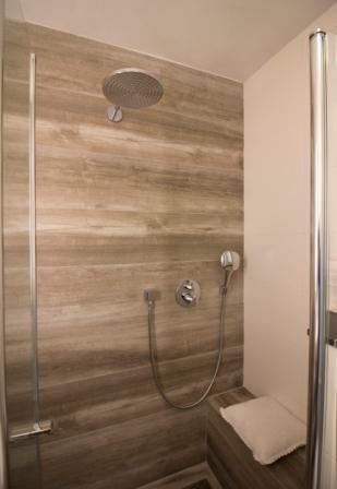Reeshof - Hoefnagel Tegels, Keukens en Sanitair