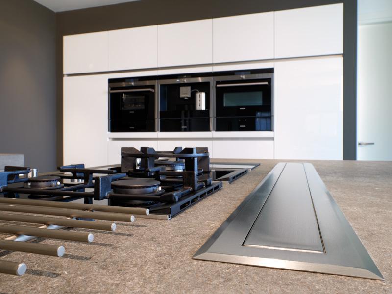 Moderne keuken hoefnagel tegels keukens en sanitair - Afbeelding moderne keuken ...