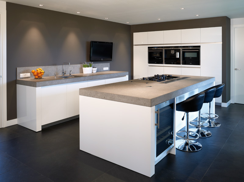 Moderne Keukens Afbeeldingen : Moderne keuken hoefnagel tegels keukens en sanitair