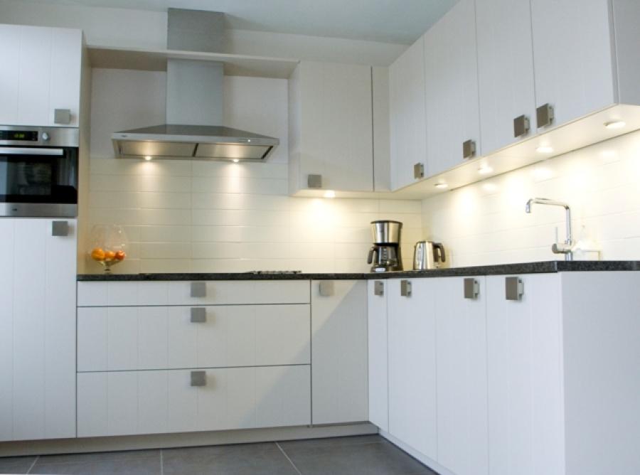 Dongen hoefnagel tegels keukens en sanitair